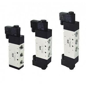 V5400 Series 5/2 or 5/3 Pneumatic Directional Control Valve